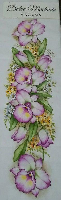 Watercolor Sketch, Floral Watercolor, Watercolor Paintings, Tole Painting, Fabric Painting, Easy Paintings, Christmas Art, Vintage Flowers, Cute Drawings