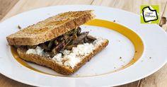 Gli utenti Luca e Sara hanno creato una sfiziosa ricetta nell'ambito della campagna #toastallaviceversa. La loro ricetta mira a reinventare il solito toast ed è...