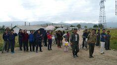 自転車レースを見るために集まった村人ら ▼24Nov2013CNN|写真特集:北朝鮮に消された写真 http://www.cnn.co.jp/photo/35039724-4.html #NKorea #North_Korea #DPRK #PRK #Corea_del_Norte #Coree_du_Nord #Nordkorea