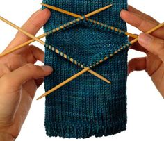 How to Knit an Afterthought Heel - I found this little tutorial very helpful when I was making Christmas stockings this year. So simple. #socks #knitting #learntoknit To learn how to get cash back on your crafting supplies when you shop online, and a ton of other things too, go to http://www.topcashbacksecret.com/59/get-cash-back