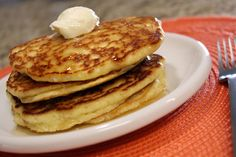 Ultra Low Carb Almond Flour Pancakes - changed: 4 eggs, cup coconut oil (mix) add cup vanilla protein powder, 1 cup almond flour, pinch salt, vanilla and 6 drops stevia Almond Flour Pancakes, Low Carb Pancakes, Almond Flour Recipes, Low Carb Bread, Low Carb Breakfast, Fluffy Pancakes, Almond Meal, Protein Pancakes, Ultra Low Carb Recipes