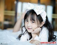 Vô cùng dễ thương với bộ ảnh mới của 'thiên thần nhí Lưu Sở Điềm'