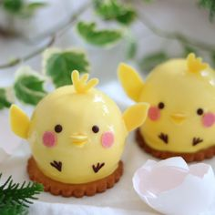 Little chick lemon mousse by Natsumi (@natsumi_sweets)
