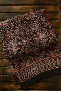 Ajrakh Prints, Cotton Dresses Online, Block Print Saree, Silk Cotton Sarees, Saree Trends, Black Saree, Indian Textiles, Stylish Sarees, Saree Look