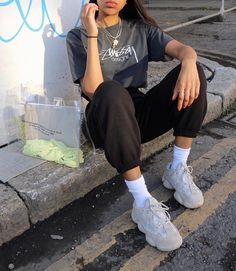 How To Wear Joggers Street Style Outfit 15 Ideas Source by ruby__m. - How To Wear Joggers Street Style Outfit 15 Ideas Source by ruby__mw outfits street style Source by AryannaHegmannFashion - Street Style Outfits, Mode Outfits, Casual Outfits, Girl Outfits, Fashion Outfits, Grunge Street Style, Soft Grunge Style, Ghetto Outfits, Grunge Fashion Soft