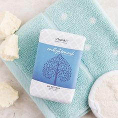 Discover tranquility with bath time nirvana in this rich shea butter and olive oil Chunk bar. A harmonious blend of calming and inspiring oils lightly fragrance your bath to create a transcendent experience.