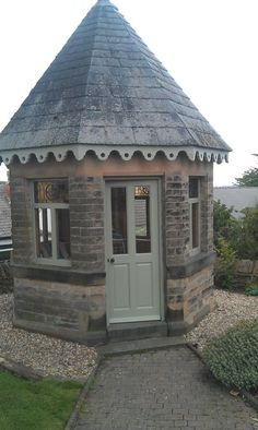 Victorian summer house in Sheffield, from a dark stain to a fresh Farrow & Ball colour.
