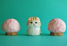 木彫り人形 スコティッシュフォールド 薄茶×白  [MWF-099]