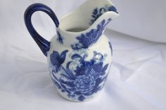 Hey, I found this really awesome Etsy listing at https://www.etsy.com/listing/183495715/vintage-chineseoriental-blue-and-white