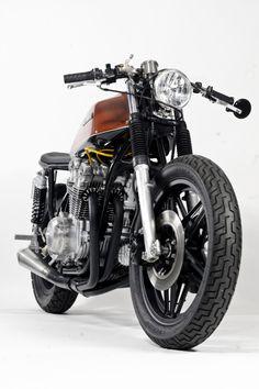 Honda CB750 By Steel Bent Customs ♠ http://milchapitas-kustombikes.blogspot.com/ ♠