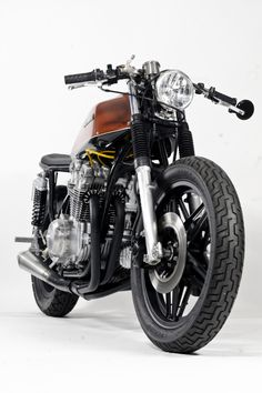 Honda CB750 By Steel Bent Customs ♠ http://milchapitas-kustombikes.blogspot.com/ ♠