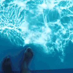 GIF What an unusual pool