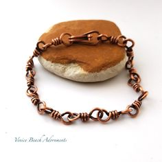 Mens handmade solid copper twisted links chain bracelet. 8  large gauge copper makes this piece sturdy. Wear it alone or layer with another chain.  Dark patina is sealed to prevent tarnish.  Handmade secure clasp.  I am always happy to adjust the size or to custom make you a chain. Just send me a message.