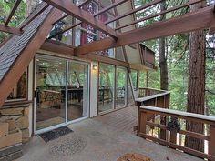 141 Rocky Point Rd, Lake Arrowhead, CA 92352