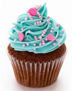 Cupcakes de chocolate con betún de vainilla