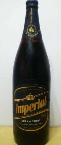 Cerveja Imperial Cream Stout, estilo Sweet Stout, produzida por Compañía Industrial Cervecería S.A, Argentina. 3.9% ABV de álcool.