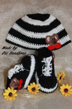 Baby Set - Mütze+ Schuhe von Die Sandfrau auf DaWanda.com