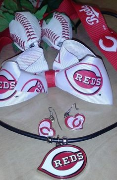 The Reds and Roses have my heart Die hard Cincinnati Reds fan, so I ordered the roses as my Valentine's gift to myself!