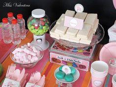 Los macarons de Martina en la fiesta de Miss Valentina!  http://blog.missvalentina.es/fiestas-infantiles-personalizadas-tu-fiesta-en-una-caja/#