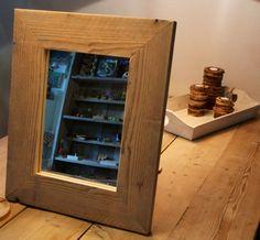 Spiegel van gebruikt #steigerhout op maat gemaakt in eigen meubelmakerij.