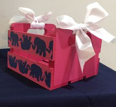 Mini Crate Tusk in the Sun by SouthernGirlSolution on Easy Wooden Crates Crafts, Crate Crafts, Little Presents, Little Gifts, Chi Omega Crafts, Diy Craft Projects, Diy Crafts, Big Little Week, Sorority Big Little