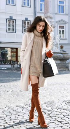 31 Outfit Ideas to Dress Up Wearing Over the Knee Boots