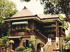 Sulyap Bed and Breakfast Laguna - Hotel Exterior Cafe Exterior, Bungalow Exterior, Cottage Exterior, Colonial Exterior, Craftsman Exterior, Exterior Siding, Exterior Remodel, Exterior Colors, Filipino Architecture