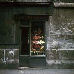 Flowers, Paris, France, photograph by Fred Herzog. Little Shop Of Horrors, Shop Fronts, Shop Around, Belle Photo, Street Photography, Vintage Photography, School Photography, Urban Photography, Color Photography