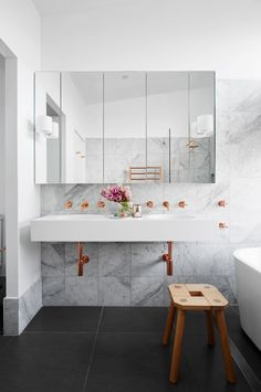 marble and copper bathroom on abudget and avises on how to get marble tiles and copper accessories and create stylish bathroom Budget Bathroom, Bathroom Inspo, Bathroom Inspiration, Modern Bathroom, Bathroom Updates, Interior Inspiration, Newcastle, Gold Bad, Home Interior
