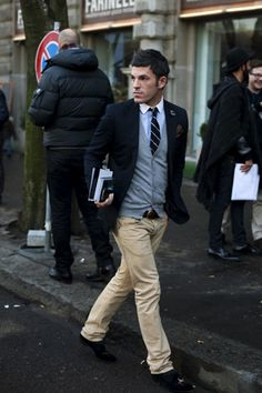 Elegant Fashion trends that will remain in vogue in 2013 - Fashion drop FALL 2013 MENSWEAR Prada Style Homme. Men's Fashion, Fashion Models, Fashion Outfits, Fashion Gallery, Fashion Clothes, Sharp Dressed Man, Well Dressed Men, Estilo Preppy, Ivy League Style