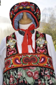 Folk Costume, Costumes, Norway, All Things, Scandinavian, Gifts, Hipster Stuff, Presents, Dress Up Clothes