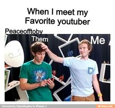 I like how Toby doesn't even react when the most subscribed You tuber is standing next to him and is touching his hair