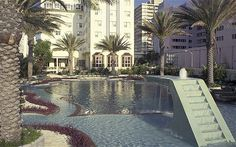 The Raleigh Hotel, Miami -The world's best Art Deco hotels