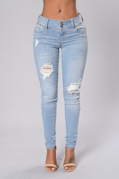 - Available in Dark, Light, Marble - High Rise Skinny Jeans - Double Button Closure with Zipper - Distressed Knees and Hip - 5 Pocket Design - Contrast Stitching - Rivets - 98%Cotton 2%Spandex