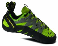 La Sportiva Tarantulace Rock Shoes - My second favorite pair of climbing shoes. These fit like a glove and the toe tips grip small holds well, not quite as spot on as my Katanas but still really good at a more affordable price. Climbing Outfits, Rock Climbing Shoes, Kiwi, Comfortable Shoes, Shoes Online, Outdoor Gear, Outdoor Toys, Outdoor Life, Ugg Boots