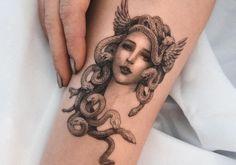 Key Tattoos, Dope Tattoos, Body Art Tattoos, Tattoo Key, Tattos, Rib Tattoos For Women, Tattoo Designs For Women, Medusa Tattoo Design, Mythology Tattoos