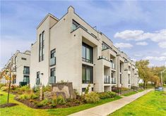 Property Sale, Townhouse, Toronto, Beds, Condo, Type, Terraced House, Bedding, Bed