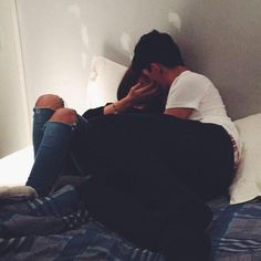 Which type of relationship do you have? An emotional or devoted relationship? Finding out the answer can help you to examine your key relationships in a new light, and find greater happiness and joy in all areas of your life. Boyfriend Goals Relationships, Boyfriend Goals Teenagers, Relationship Goals Pictures, Calin Couple, Couple Goals Cuddling, Tumblr Couples, Photo Couple, Young Love, Cute Couple Pictures