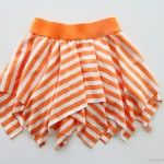 Double Layer Square Skirt Tutorial at Make It & Love It Diy Clothing, Sewing Clothes, Sewing Coat, Barbie Clothes, Square Skirt, Circle Skirt Tutorial, Tutu Tutorial, Handkerchief Skirt, Circle Dress