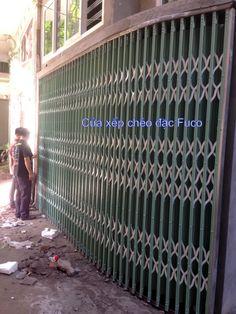 Cửa xếp Đài Loan chéo đúc có lá Fuco