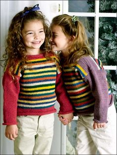Free Knitting Patterns for Kids' Clothing - Random Stripes Pullover Free Baby Sweater Knitting Patterns, Knitting For Kids, Crochet For Kids, Knit Patterns, Free Knitting, Baby Knitting, Knit Crochet, Cool Sweaters, Girls Sweaters