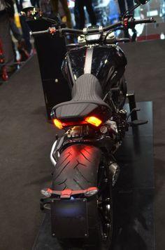 Ducati XDiavel: a Eicma 2105 il nuovo concetto low speed excitement per le cruiser su