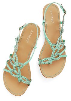 That Girly Glimmer Sandal in Mint. In your opinion, every last look needs a feminine touch, such as these mint sandals! #mint #modcloth