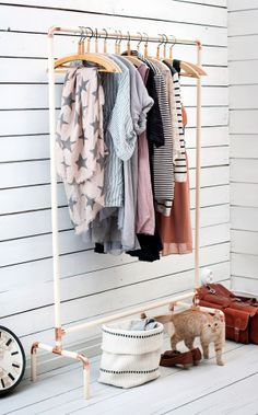 another version of the pipe coat rack DIY I made in our book Sormustin ja sorkkarautaand it turned out quite nice, scandinavian and brighte...