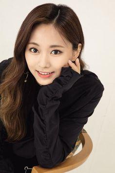 tzuyu wallpaper ~ tzuyu _ tzuyu twice _ tzuyu aesthetic _ tzuyu cute _ tzuyu photoshoot _ tzuyu wallpaper _ tzuyu selca _ tzuyu icons Nayeon, Kpop Girl Groups, Korean Girl Groups, Kpop Girls, Tzuyu Wallpaper, Twice Tzuyu, Twice Once, Twice Kpop, Dahyun