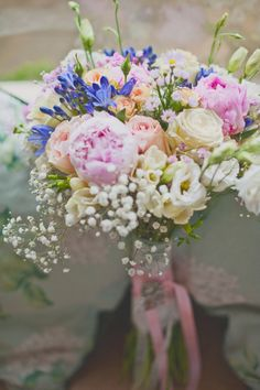 Perfect soft, romantic bouquet - Perfect colour combination, mostly pale with little bits of cool pinks & blue.