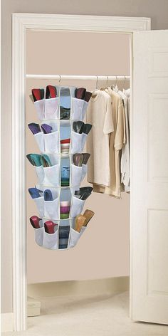 Shoes storage, nice idea - DIY? #shoes #closet #organization #storage #diy #sewing