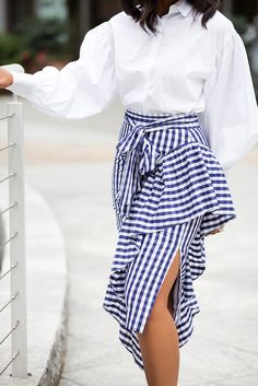 Women S Fashion For Broad Shoulders Latest African Fashion Dresses, African Print Fashion, Chic Outfits, Fashion Outfits, Woman Outfits, Office Outfits, Rm 1, Gingham Skirt, Pencil Skirt Outfits