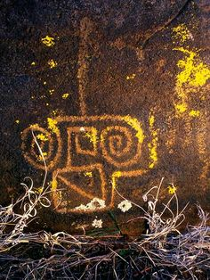 Native American petroglyph in central Arizona, approximately 1000-1200 CE. By Ekkehart Malotki,