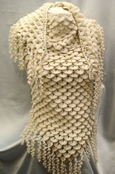 Crocodile Mohair Shawl. This looks so much like chainmail. I want to make one in dark silvery grey.